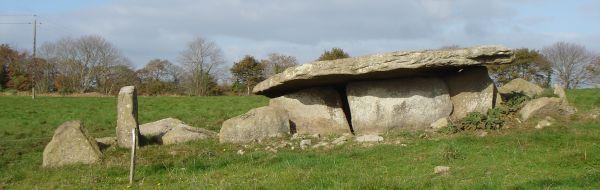Dolmen de Kerviniou, Guiscriff