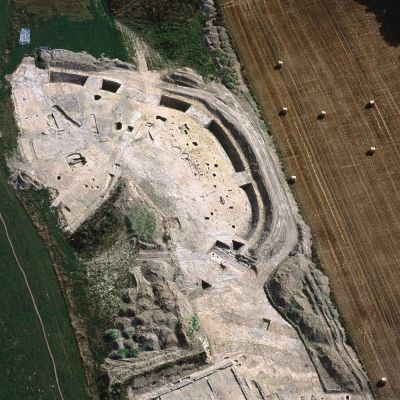 Paule, Brécilien. Vue aérienne de la Fouille. Cliché M. Gautier
